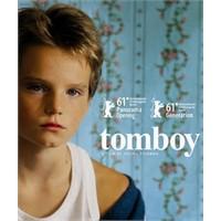 Tomboy ( 2011 )