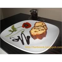İncirli Üzümlü Kek
