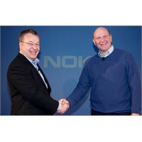 Microsoft'tan Nokia'ya 1 Milyar Dolar