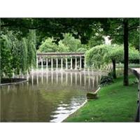 Paris'in En Ünlü Parklarından - Parc Monceau
