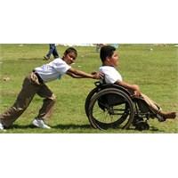 Sol Kolum; Bir Engelli Çocuğun Hikayesi