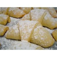 Elmalı Pasta Tarifi Buyrun