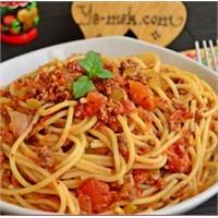Bolonez Soslu Spagettinin Püf Noktaları