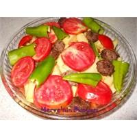 Fırında Köfte- Patates