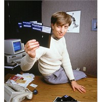 Bill Gates Microsoftun Skype'ı Almasını Destekledi