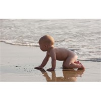 Bebeğiniz Tatilden Keyif Alsın
