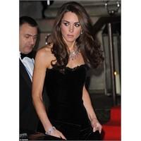 Kate Middleton Alexander Mcqueen Giydi