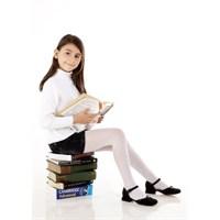 Şık Ve Süslü Kızlara Çoraplar