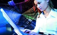 İnterneti Kızlar İletişim, Erkekler Oyun İçin Kull
