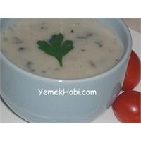 Kolay Kremalı Mantar Çorbası Tarifi