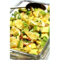 Portakallı Avokado Salatası