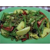 Sicilya Usulu Taze Fasulyeli Patates Salatası