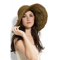Bu Yazın Trendi Hasır Şapka