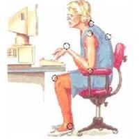 Bilgisayar Kullanırken Nasıl Oturmalıyız?