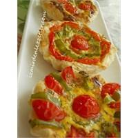 Peynirli Domatesli Milföy Çanakları