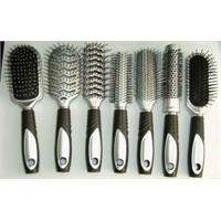 Saç Fırçası Seçiminin Püf Noktaları