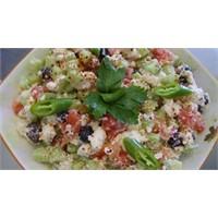 Kalorisi Düşük Çingene Salatası Tarifi