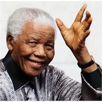 Özgürlük Sembolü Nelson Mandela