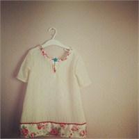 Vintage Stili Kız Çocuğu Elbisesi