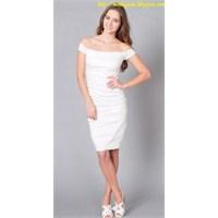 Kadinlarin Tercihi Beyaz Elbise Modelleri !!!