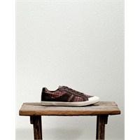 Pull And Bear Markası Ayakkabı Butikleri 2012