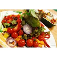 Salata Yiyerek Haftada 3,5 Kilo Nasıl Veririm?
