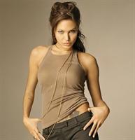 Angelina Jolienin Sırrı Bu Çayda Gizli....