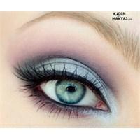 Gümüş Mor Göz Makyajı