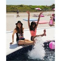 Victoria's Secret Mankenleri Miami'de Çekimde