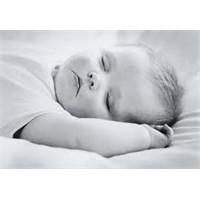 Bebekler Nasıl Yatırılmalıdır?