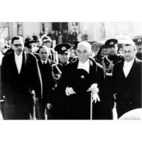 Atatürk Hikayeleri Dünya Basını