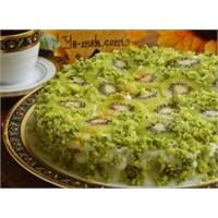 İspanaklı Kivili Pasta Tarifi
