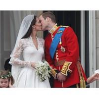 Kate Middleton'ın Gelinliği Bebe'de