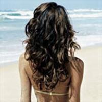 Tatilde Saçları Güneşten Korumanın Yolları