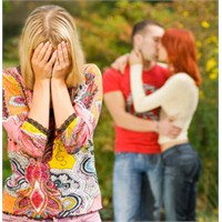 Evli Çiftler Birbirini Neden Aldatıyor?