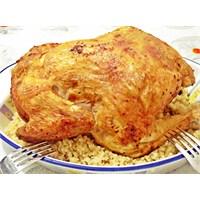 Fırında Tereyağlı Bütün Tavuk