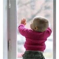 Bebeğiniz Büyürken Güvenliği Sağlamak