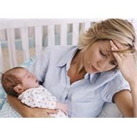 Bebek Bakımından Bunalan Anneler İçin Tavsiyeler