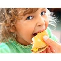 Çocukların Fast Food'u Neden Sevdiği Belli Oldu