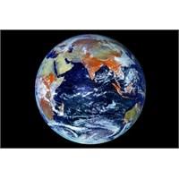121 Mp'lik Dünya