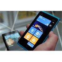 Nokia'da Satışlar Düşüyor