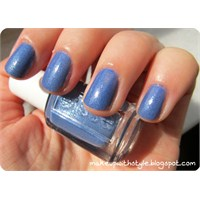 Essie Smooth Sailing Oje