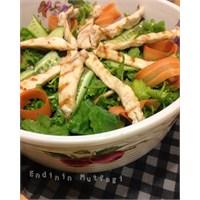 Tavuklu Zeytinli Salata - Endinin Mutfağı