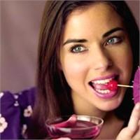 Stres Nedeniyle Yemek Yer Misiniz?