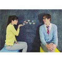 Partnerinizi Şımartarak İlişkinizi Canlandırın