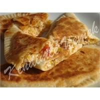 Pırasalı, Lor Peynirli Pita Ekmeği