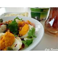 Cafe Kanelo'nun Yumurta Salatası