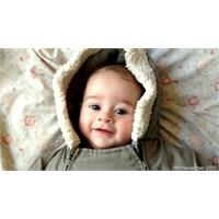 Doğumundan 1 Yaşına Her Gün 1 Saniye