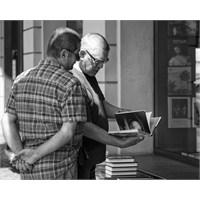 Yabancılarla Kitap Muhabbeti Yapmak İçin 14 Yer