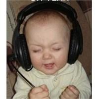 Bebeklere Mozart Dinletmek: İşe Yarıyor Mu?